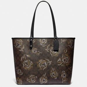 ⭐NEW⭐Coach Reversible City Tote With Tulips
